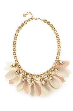 Discover versatile jewelry pieces like the trendy Birdie Necklace. Perfect addition to layer or wear as single item from Stella & Dot.