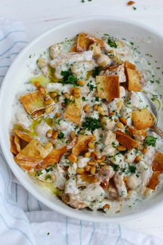 This Authentic Lebanese Chicken Fatteh Is An Amazing Combo Of Flavors Made With Yogurt, Spiced Shredded Chicken, Chickpeas, Toasted Pine Nuts and Pita Bread Chicken Salads Lebanese Food Chicken Chickpea, Chicken Salads, Harissa Chicken, Healthy Chicken, Lebanese Chicken, Lebanese Recipes, Lebanese Cuisine, Lebanese Salad, Cooking Recipes