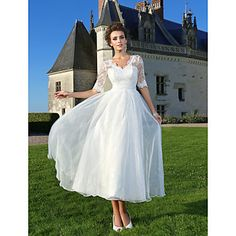 Lanting+Bride+A-line+/+Princess+Petite+/+Plus+Sizes+Wedding+Dress-Ankle-length+V-neck+Lace+/+Organza+–+USD+$+109.99