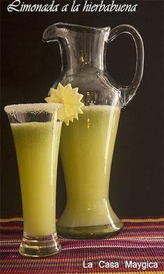 Limonada a la hierbabuena