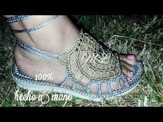 Zapatos Tejidos a Crochet, Fácil y Rápido PARTE II - YouTube Crochet Sandals, Crochet Shoes, Creative Inspiration, Knitting, Fabric, Fashion, Embroidered Lace, Shoes And Socks, Slippers