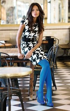 Colored tights are trending and they work for fall or a chilly start to spring. Shop our favorite rainbow-bright tights for women now. Colored Tights Outfit, Blue Tights, Opaque Tights, Coloured Tights, Outfit Vestido Negro, Pantyhosed Legs, Blue Stockings, Style Feminin, Pantyhose Outfits