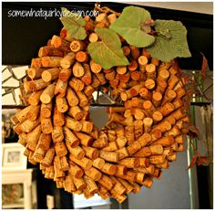 Wine Cork Wreath - a different technique - TUTORIAL
