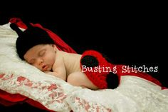 Busting Stitches: Lady Bug Photo Prop Free Pattern..  Cute as a bug in a rug :D