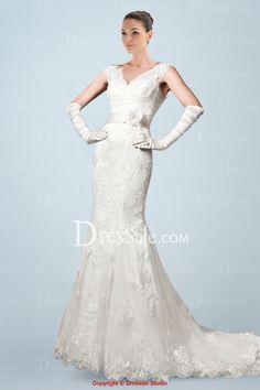 Romantic V-neckline Sheath Wedding Dress with Appliques All Over