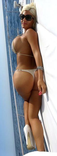 Nackt Sophia Vegas  Bauchmuskeln Handy