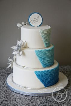 Wedding Cake by Ana Mihajlovic made as part of The French Pastry School's L'Art du Gâteau program.