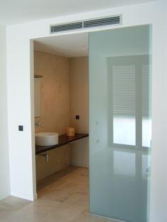 Glass Bathroom Door, Open Bathroom, New Bathroom Ideas, Master Bathroom, Interior Sliding Glass Doors, Bathroom Design Luxury, Bath Decor, Modern House Design, Home Renovation