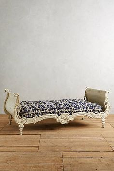 Dovemont Daybed