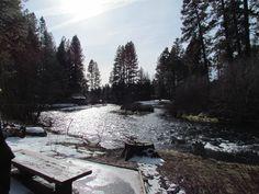 Metolius River in Camp Sherman, Oregon