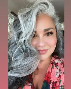 Gray Hairstyles, Gray Hair Growing Out, Extreme Hair, Going Gray, Grow Out, Silver Age, Grey Hair, Happy Monday, Monday Motivation