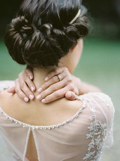 Elegant Bridal Hairstyle | Blackberry and gold inspired Midsummer Nights Dream with Jenny Packham dress
