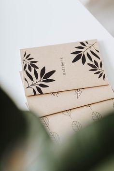 A5-kokoinen kasviaiheinen vihko muistiinpanoillesi! 36 tyhjää tai viivallista sivua - sinä päätät. 100 % ekologinen ja kotimainen. #planner #scrabbook #notebook #vihko #bulletjournal #ekologinen #kotimainen #madeinfinland Notebooks, Gift Wrapping, Gifts, Gift Wrapping Paper, Presents, Wrapping Gifts, Notebook, Favors, Gift Packaging