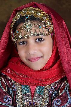 Omani Dress by ♡ بدر سعيد محمد العدوي©™ , via Flickr
