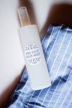 How to make a DIY Sea Salt Hair Mist from scratch + natural ingredients that fit different hair types + free printable labels download! :: http://www.miel-cafe.com/2015/06/diy-sea-salt-hair-mist.html