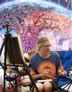 Alex Grey, a master, a visionary. So glad I've had the opportunity to hear from this one-of-a-kind artist and see him paint live. Alex Grey Paintings, Alex Gray Art, Ohio, Peace Love And Understanding, Hippie Art, Visionary Art, Flower Mandala, Psychedelic Art, Spirituality