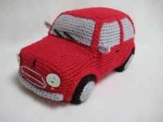 This --- PDF CROCHET PATTERN --- describes in US terminology how to crochet a cute classic Mini Cooper inspired car as shown on picture.  Finished