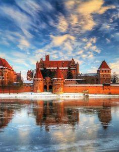 #Malbork Castle, #Poland. http://reversehomesickness.com/europe/famous-german-castles/