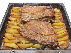 Hozzávalók: 2,5 kg sertésoldalas, 1 fej fokhagyma, só, frissen őrölt bors, 3 kanál méz, 2 kanál mustár, 1 kanál étolaj, 1 kanál balzsamecet, 2 kg...
