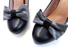 Grau Schuhe Schuhclips Dandy Schwarz Satin Clip Pumps Schmuck Fashion Accessoire Frauenwunsch