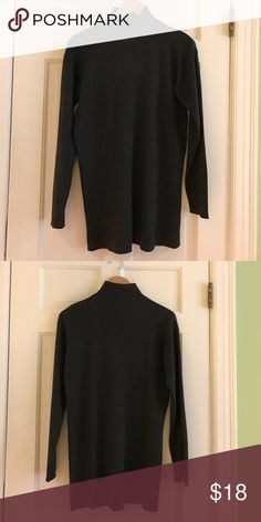 "Dark Gray Turtleneck Sweater Very good condition. 70% acrylic, 30% wool. 31"" long. Sweaters Cowl & Turtlenecks"