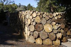 ❧ log wall