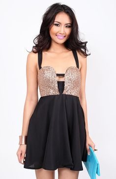 i really want a sparkly dress soo bad lol