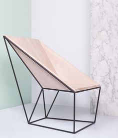 Linon Chair by Alberto Vitelio