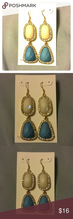 NIP TURQUOISE & PEARL DANGLE EARRINGS NWT/NIP Beautiful for day and night! Turquoise and pearl colored stones that are outlined in rhinestones that glisten from ear to ear. Light weight, fashionable and affordable! Bundle 2+ items = 10% off OR ask to custom bundle for bigger discounts! Jewelry Earrings