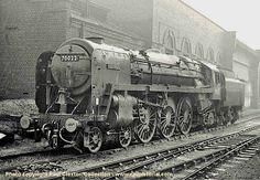 "a freshly cleaned Thomas Hardy ready for the next ""East Anglian"", Britannia class locomotive Buses And Trains, Old Trains, Live Steam Locomotive, Steam Trains Uk, Uk Rail, Steam Railway, Train Times, British Rail, Train Engines"