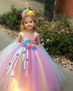Easter Dress – Easter Tutu Dress- pastel Easter Tutu Dress – Unicorn Tutu Dress – unicorn birthday dress – unicorn horn – unicorn outfit – The World Halloween Costume Unicorn, Little Girl Halloween Costumes, Halloween Dress, Diy Halloween, Unicorn Birthday Parties, Birthday Dresses, Birthday Tutu, Costume Prince, Party Dress Outfits