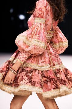 New York Fashion, Runway Fashion, High Fashion, Fashion Show, Fashion Details, Fashion Design, Silk Mini Dress, Mode Outfits, Ready To Wear