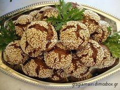 μουστοκούλουρα με κακάο by mairh Biscuit Cookies, Greek Recipes, Acai Bowl, Biscuits, Almond, Muffin, Cooking, Breakfast, Desserts