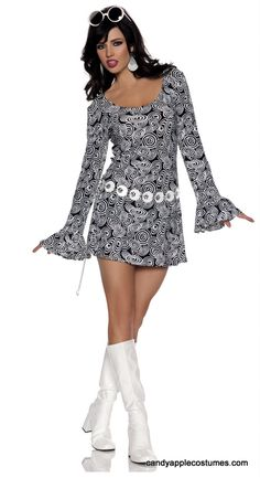 Includes a polyester mini dress and belt. Fun for any ladies who want to dress up disco style. Disco Halloween Costume, 60s Costume, Dress Up Costumes, Halloween Fancy Dress, Adult Halloween, Adult Costumes, 70s Outfits, Vintage Outfits, Costume Hippie