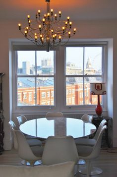 I WANT A VIEW LIKE THIS OUT MY WINDOW!  A Fantastic London Flat in the Shadow of Big Ben House Call | Apartment Therapy