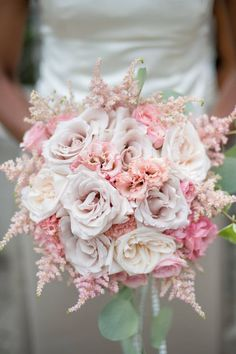 Wedding bouquet idea; Featured Photographer: Krista Fox Photography