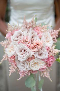 Wedding bouquet idea; Featured Photographer: Krista Fox Photography