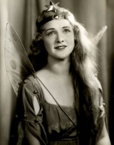Vintage Costumes Elizabeth Nickell-Lean in costume as 'Iolanthe the fairy', 1934 - Vintage Fairies, Vintage Girls, Vintage Photographs, Vintage Images, Old Pictures, Old Photos, Vintage Costumes, Vintage Outfits, Fairies Photos
