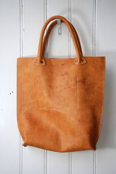 KP#1253 leather hobo bag made by LABOUR OF ART