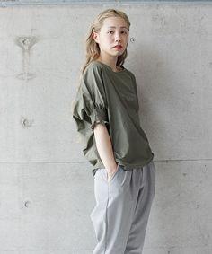 nitca(ニトカ)の○c/si シャーリング袖BL(シャツ/ブラウス)|カーキ