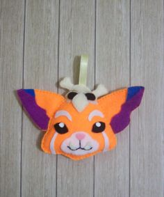 Gnar - League of Legends - Chaveiro feito em feltro Based on online game League of Legends Keychain made with felt Gnar the Missing Link Christmas Tree Ornaments, Christmas Decorations, Holiday Decor, League Of Legends, Felt Keychain, Sewing Class, Kawaii, Manga, Prehistoric
