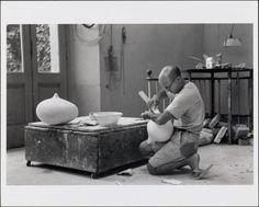"Isamu Noguchi constructing the maquette for ""Mitosis"" (1962), photo by Dimitri Hadzi"