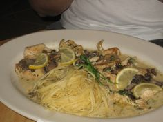 "Cheesecake Factory Restaurant Copycat Recipes: Chicken Piccata.....made this today it was ""A-1"" perfect"