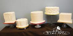 5 mini cakes - wedding cake - simple - buttercream #wedding