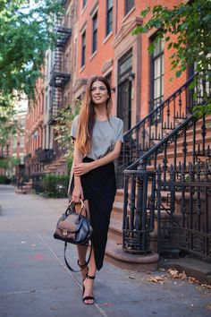 chic and simple, layering, oversized Phillip shirt & skirt, khaki green, gold jewelry, long hair