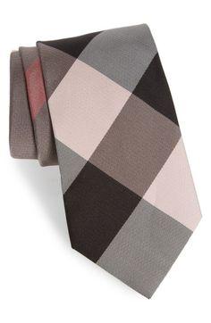 BURBERRY Clinton Silk Tie. #burberry #