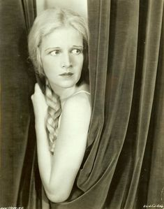 Golden Age Of Hollywood, Vintage Hollywood, Classic Hollywood, Ann Harding, Ann Sheridan, Leo Women, Best Actress, New Media, Hollywood Actresses