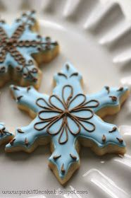 Pink Little Cake: How to make Snowflake Cookie Place Cards