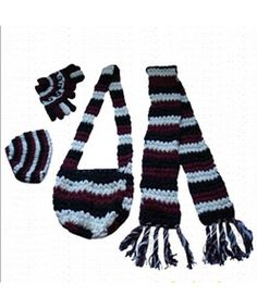 Clothing in Nepal offers Handmade Woolen set on wholesale price which includes Woolen Muffler, Woolen Finger Mitten, Woolen Cap and Woolen Bag. If you want to see unique wearing these beautiful products contact us. We have different kinds of design with assorted color. These handmade products are made by best wool of mountain Yak & Goat. These wools are imported from New Zealand.