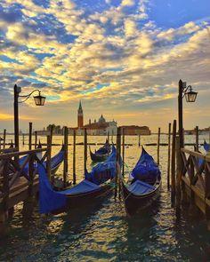 """""""The Grand Canal #Venice  . #Venezia #Italia . @italy.vacations #italy_vacations . .  #golden_heart ."""""""